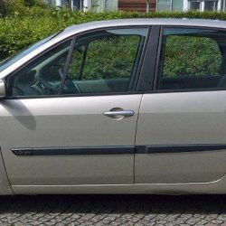 Renault-Scenic-Oasis-1.6