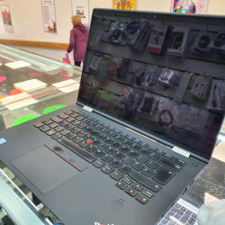Laptop LENOVO x1 Yoga Gen 2 with Intel Core™ i7-7600U Processor