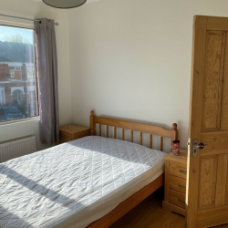 Large Fully Furnished Room in a lovely area, with off road parking£400.00 Per Month All Bills Included in Coventry 1