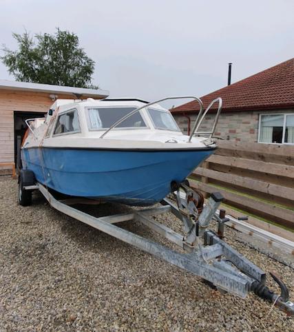 Microplus Galaxy 600 Cabin Cruiser Boat With Trailer