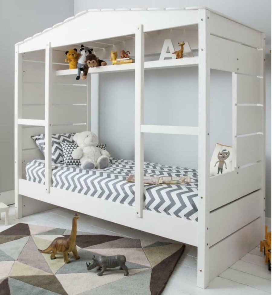 Beautiful Children's single bed for sale only £130 in London